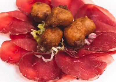Sciatt e bresaola della Valtellina - ristorante Parravicini a Tirano